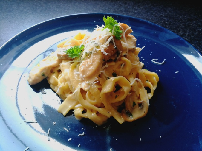 Chicken-and-Mushrooms-Pasta